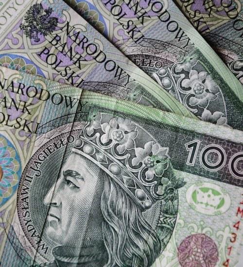 Utrwalająca się inflacja na wysokich poziomach, rekordowo ujemne realne stopy procentowe – takiej sytuacji nie było od dekady –  komentarz Aleksandra Pawlaka, Prezesa firmy Tavex.