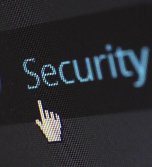 Edukacja i badania na celowniku hakerów.  W pierwszym półroczu cyberataki wzrosły o 29%.