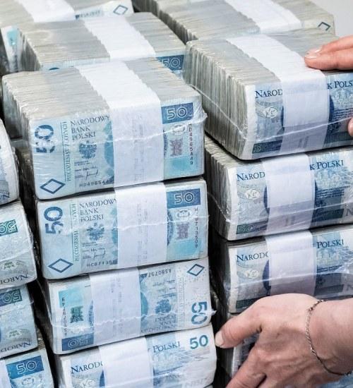 Dane KAS: Rosną długi zagranicznych podatników w Polsce. Zaległości w I półroczu br. to blisko 2 mld zł