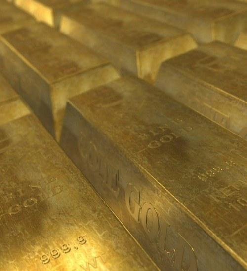 Sprzedaż złota cały czas na wysokim poziomie. Spadek cen nie zmienił podejścia inwestorów